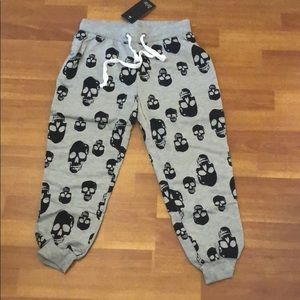Pants - New Lounge wear crop pants with skulls  in size S